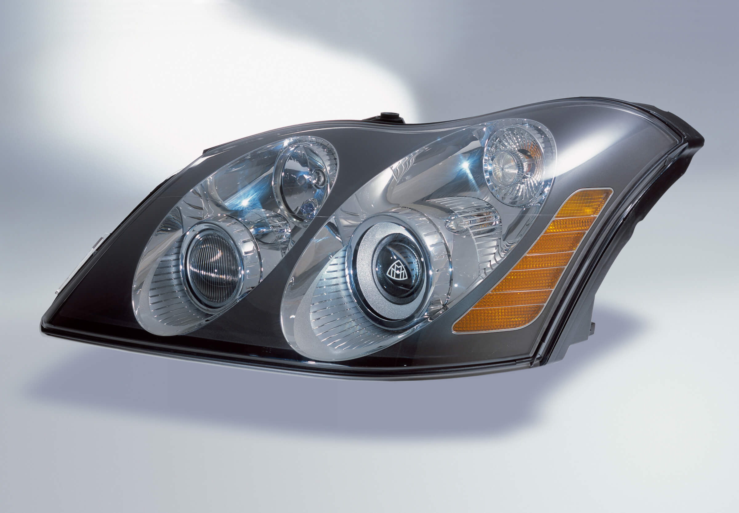 headlight restoration service price,  how to make plexiglass clear again,  sanding headlights
